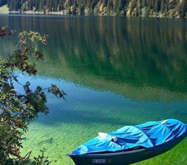 canoa nel wells gray park canada ovest